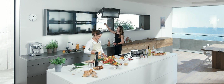 Küchen Mit Scharnieren Und Schubladen Von Blum